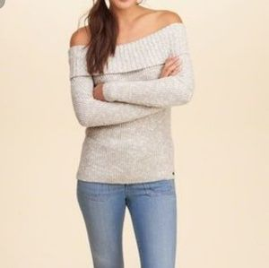 Hollister Heather Gray Off The Shoulder Sweater